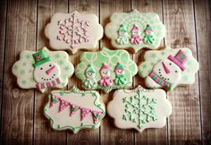 Cheery, Girly Snowman Cookies ~ Cookie Connection