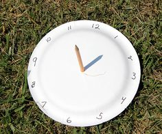 Paper Plate Sundial - A great way to get kids excited about telling time!