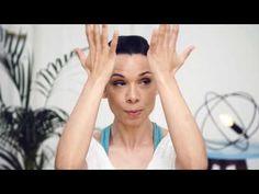 Vichy Slow Âge Gesichtsyoga: 3 Übungen zur Hautstraffung - YouTube Face Yoga, Massage, Youtube, Meditation, Tips, Mary, Training, Sports, Hair And Beauty