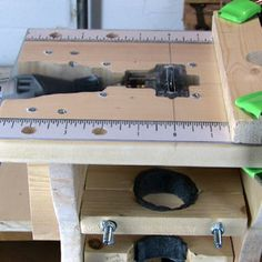 Mini-Tablesaw / Router / Shaper for Dremel rotary tool - Instructables project