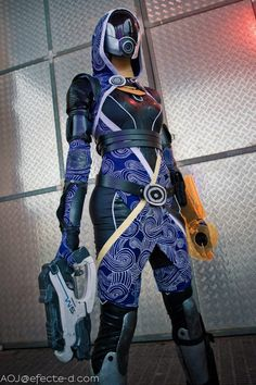 Tali'Zorah vas Normandy - Mass Effect Cosplay by Nebulaluben