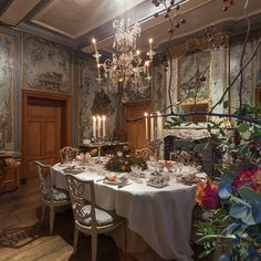 """1,689 Likes, 28 Comments - @interiors_with_history on Instagram: """"""""The Hunting Themed #DinningRoom  The dining room, decorated with original #paintings depicting…"""""""