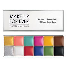 A palette of 12 highly pigmented bright and metallic cream colors.