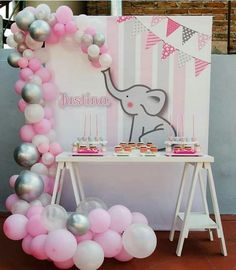 baby shower distintivos Baby shower ideas for boys elephant theme birthday parties 46 super ideas Shower Bebe, Baby Boy Shower, Baby Shower Games, Elephant Theme, Elephant Baby Showers, Purple Elephant, Decoracion Baby Shower Niña, Babyshower Party, Baby Elefant