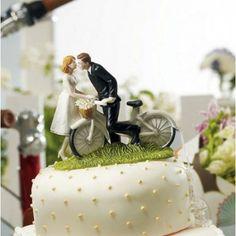 La figurine couple à vélo - Place du Mariage