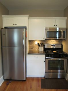 Two and a half years ago I thought owning my own home was just a dream.a very unattainable dream. Thanks to my wonder. Apartment Kitchen, Home Decor Kitchen, Kitchen Interior, New Kitchen, Home Kitchens, Kitchen Units, Kitchen Tiles, Kitchen Remodel Cost, Basement Kitchenette