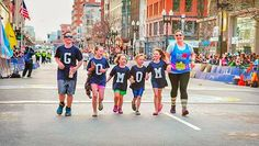 Go Mom - #Photo @jeannagyphoto  Family of the day #bostonmarathon - Welcome to #RunnerLand  Lets follow us & tag #RunnerLand in your photos for featured  -
