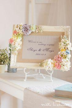 パステルカラーフラワー あじさいたっぷり ナチュラルウェルカムボード Paper Flower Decor, Diy Flowers, Flower Decorations, Paper Flowers, Wedding Decorations, Wedding Welcome Signs, Wedding Signs, Wedding Table, Flower Circle