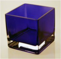 Blue Square Vase....a way to bring in blue to the arrangements of yellow, white and green....