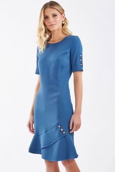 Pretty Dresses, Beautiful Dresses, Office Fashion Women, Womens Fashion, Party Dresses For Women, Formal Dresses, Trendy Fall Outfits, Royal Clothing, Butterfly Dress