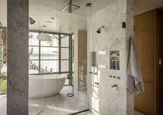 Lake Cove House / Stuart Silk Architects