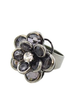 Love Love Love this Ring! Great Gift Idea! Black Vintage Rhinestone Alloy Flower Cocktail