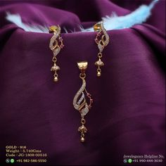Daily wear Gold Pendant and Earring for Girls Antique Jewellery Designs, Gold Ring Designs, Gold Earrings Designs, Gold Jewelry Simple, Gold Rings Jewelry, Gold Pendant, Pendant Jewelry, Diamond Pendant, Diamond Earrings