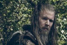 Fans were thrilled when they heard The Walking Dead had cast former Sons of Anarchy star Ryan Hurst to play Beta, the second in command of the group, Ryan Hurst, Lauren Cohan, Sons Of Anarchy, Rick Grimes, The Walking Dead, Celebrity Gossip, Celebrity News, Open Casting Calls, Live Wire