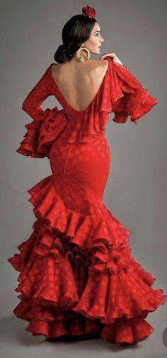 Spanish style – Mediterranean Home Decor Flamenco Costume, Dance Costumes, Flamenco Dresses, Spanish Dancer Costume, Spanish Dress Flamenco, Spanish Fashion, Spanish Style, Flamenco Wedding, Costume Ethnique