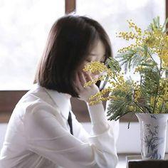 IU 170324 4th Album Pre-Release Through the Night MV Iu Short Hair, Short Hair Styles, Japanese Short Hair, Night Aesthetic, Types Of Girls, Queen, Korean Singer, Girl Photos, Girl Crushes