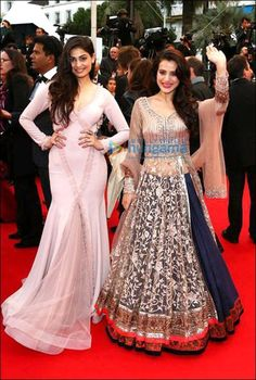 Amisha Patel in Manish Malhotra, what an amazing lehenga!