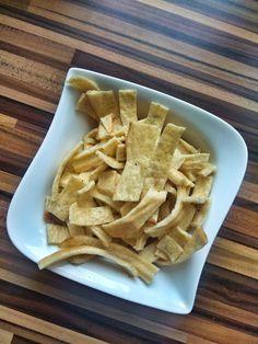 bezlepkove testoviny Snack Recipes, Snacks, Low Carb, Chips, Food, Snack Mix Recipes, Appetizer Recipes, Appetizers, Potato Chip