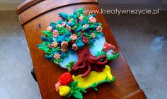 Poszukujesz oryginalnego prezentu na ślub, rocznicę, urodziny??? Zapraszam do zakupu drzewka szczęścia, wieeeelkiego magnesu na lodówkę JABŁOŃ KWITNĄCA, z miejscem na dedykację.    http://allegro.pl/oryginalny-prezent-slub-rocznica-urodziny-jubileus-i4425752772.html