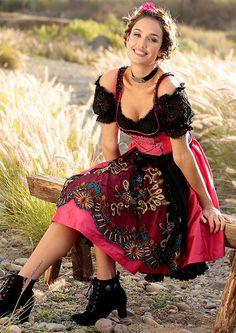 7c6557de4a9c Die 94 besten Bilder von Dirndl   Suits, Ethnic dress und Skirts
