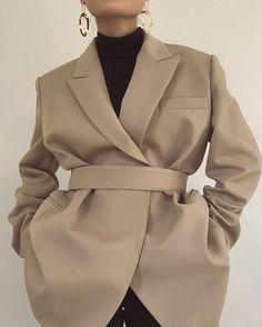 31 Ideas for fashion hijab casual jeans chic 31 Ideas for fashion hijab casual jeans chic Look Fashion, Trendy Fashion, Winter Fashion, Fashion Trends, Fashion Women, Classic Womens Fashion, Fashion Ideas, Monochrome Fashion, Feminine Fashion