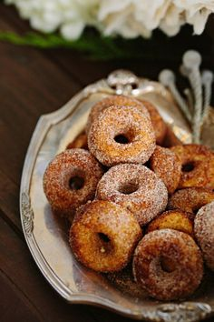 I'm not gonna lie, doughnuts are one of my favorite foods.  Either have a food truck serve them as a good-bye gift or ask you caterer to fry homemade doughnuts on site.