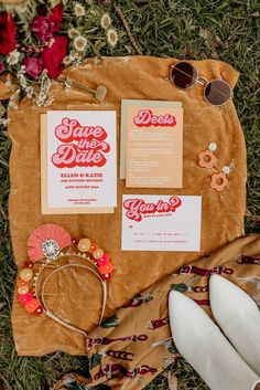 Groovy & Retro Elopement at Monadnock Berries in Troy, NH: Positive Vibes & Funky-Fresh Details - an Aisle Planner Wedding Styled Shoot. Marie's Wedding, Wedding Themes, Dream Wedding, 1970s Wedding, Wedding Shit, London Wedding, Wedding Signs, Wedding Photos, Retro Outfits