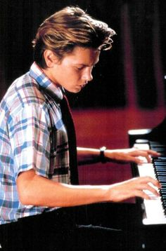 River Phoenix. It's the hair, the hands, the eyes, the soul. Love and respect.