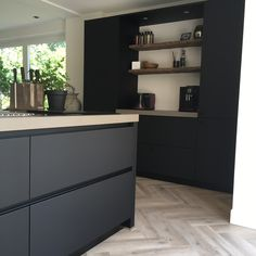 Kitchen On A Budget, Home Decor Kitchen, Interior Design Kitchen, Painting Kitchen Countertops, Kitchen Flooring, Black Kitchens, Cool Kitchens, Küchen Design, House Design