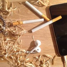 #iPhone  #Marlboro #Design #✖️ #✖️ #Wood #Chips #✖️ #✖️ #