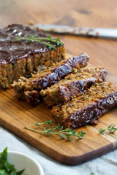 USE GF BREADCRUMBS This flavourful mushroom lentil loaf is packed with healthy veggies and lentils and is finished with a sweet balsamic glaze. Loaf Recipes, Veggie Recipes, Whole Food Recipes, Vegetarian Recipes, Cooking Recipes, Healthy Recipes, Vegetarian Cooking, Vegan Lentil Recipes, Yummy Veggie