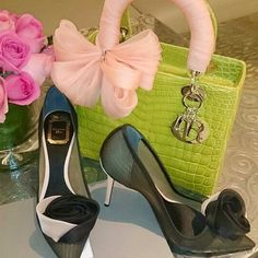 Exotic Lady! Are you a fan? Credit: friendsofdior #Diorvalley #Dior #LadyDior #Pumps #Roses