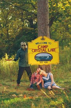 Welcome to camp crystal lake halloween horror halloween pictures happy halloween halloween images halloween ideas friday the jason voorhees scary movie i'm sorry but I want to do this for wedding pictures cause I love Jason :D Halloween Fotos, Happy Halloween, Halloween Camping, Theme Halloween, Halloween Fashion, Halloween Pictures, Couple Halloween, Halloween Horror, Halloween 2019
