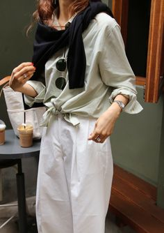 Fall Layers Vacation Style Minimalist Fashion Simple Layers Death by elocution Mode Outfits, Fashion Outfits, Womens Fashion, Cheap Fashion, Looks Style, Style Me, Simple Style, Trendy Style, Look Formal