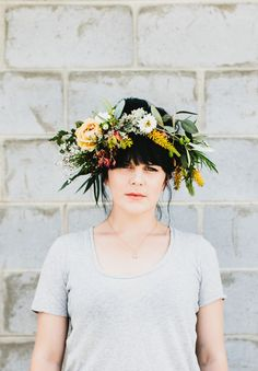 AWESOME-floral-crown-wreath-bride-wedding-flowers-hair-DIY-daisy-chain-VIC_NEW3