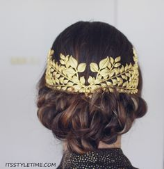 Easy Great Gatsby Inspired Hairstyle DIY Low Bun Updo Vintage Headpiece itsstyletime