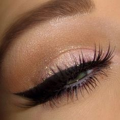 this eye makeup! Yes please