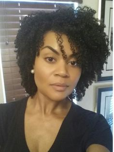 Black Hair Growth Pills That Work - Buy Them OR Make Your Own! 20 months natural www. Pelo Natural, Natural Hair Tips, Natural Hair Journey, Natural Curls, Natural Hair Styles, Hair Growth Pills, Black Hair Growth, Twisted Hair, Hair Affair
