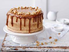 Dripped cake eli Valuva maapähkinä-kinuskikakku
