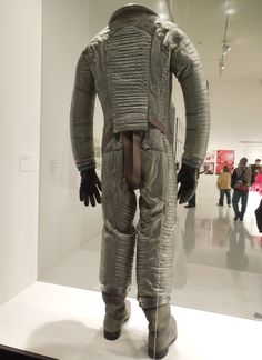 2001: A Space Odyssey spacesuit back view