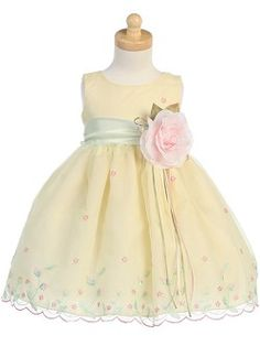 Classic yellow dress