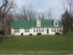 Best Gaf Elk Hunter Green Shingles This Roof Has Some Color 640 x 480