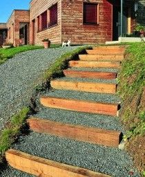 escalier en rondins jardin en pente sloping garden pinterest b ches et escaliers. Black Bedroom Furniture Sets. Home Design Ideas