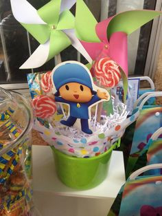 Pocoyo centerpieces, pocoyo party, birthday party Birthday Souvenir, Girl First Birthday, 2nd Birthday Parties, Bubble Guppies Party, Second Birthday Ideas, Baby Shower, 1st Birthdays, Party Time, Party Ideas