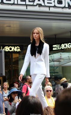 New Zealand's longest catwalk - great fashion show! Part V. 13 PHOTOS  The models have been wearing on-trend outfits from the Glassons, Huffer, Moochi, Max, Smith & Caughey's and many more.  http://softfern.com/NewsDtls.aspx?id=806&catgry=8