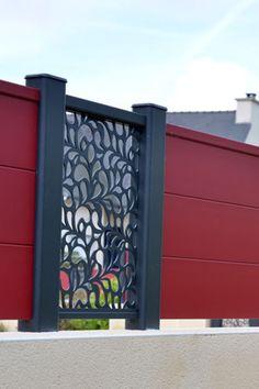 Lambig, clôture en #aluminiumcontemporain avec #design Fresk. #bretagne #entrée #portail#alu #aluminium #deco #garden#outdoor #jardinextraordinaire #kostum#kostumbycadiou