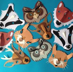 masks by Helen Musselwhite - Sister, how cute would these be hung on the wall?Kids masks by Helen Musselwhite - Sister, how cute would these be hung on the wall? Paper Plate Masks, Paper Mask, Mascara Papel Mache, Diy Niños Manualidades, Felt Mask, Diy Mask, Animal Crafts, Mask For Kids, Animal Masks For Kids