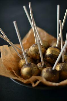 Sweet Gula: Cake Pops Dourados [Chocolate e Golden Syrup]