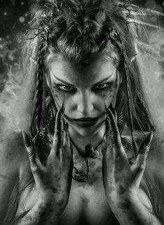 Image about witch in Beautiful Pagan Women by Handsome Pagans Dark Gothic, Gothic Art, Gothic Girls, Dr Tattoo, Tattoo Week, Dark Fantasy Art, Dark Art, Elfen Tattoo, Sucubus Anime