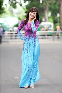Vietnamese Traditional dress (Ao Dai).
